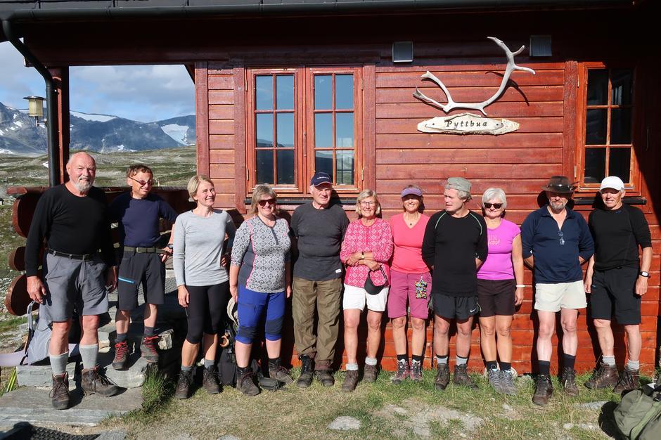 Turdeltakere på fellestur i Tafjordfjella