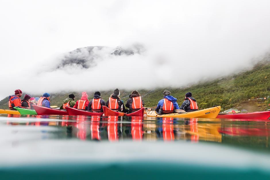 Fjellfilmfestivalen er en aktiv festival, med padling, SUP, yoga og toppturer på programmet.