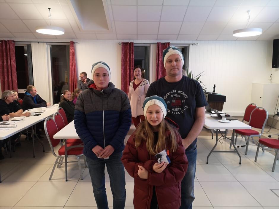 Vinnarar av TiTur-premiar: Thomas Tefre, Jenny Hafstad Ottesen og Øystein Lien.
