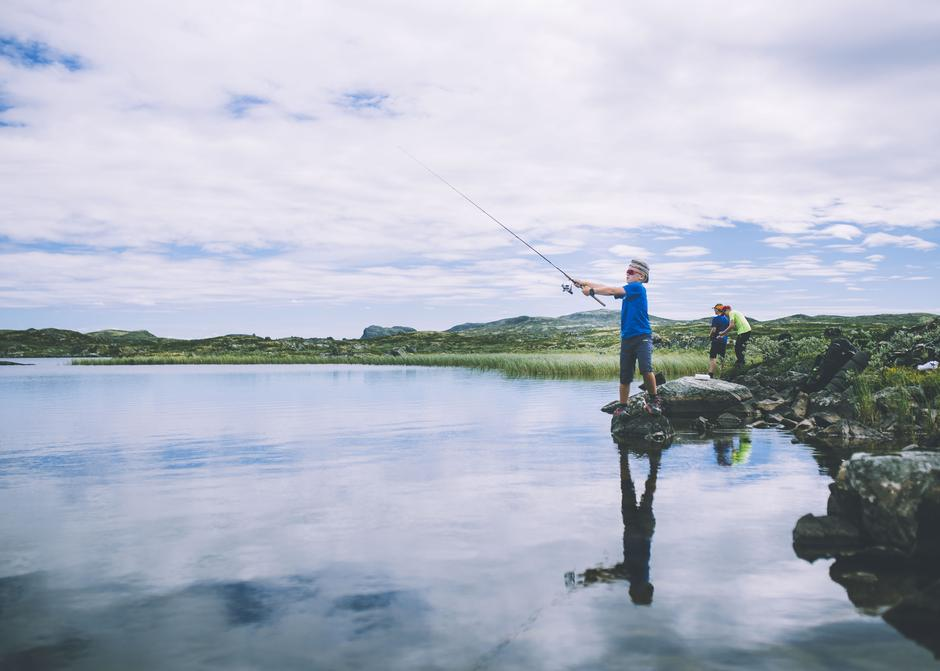 Test fiskelykken på fjelltur - her på Hardangervidda.