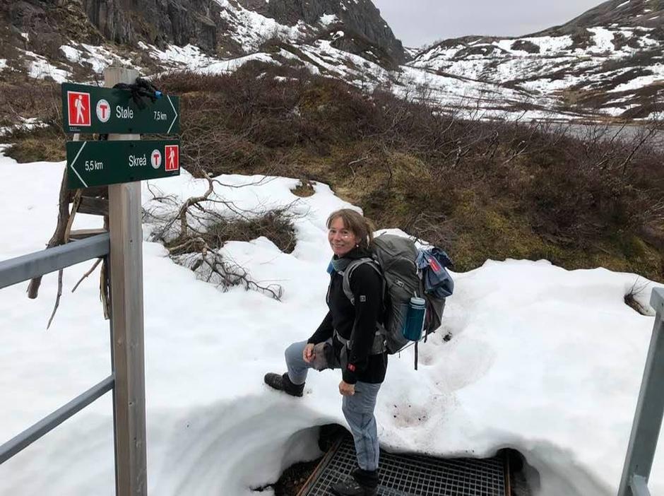 Fottur til Støle fra Skreå. Fint å gå, noe snø i Trongane, men forsvinner nok fort nå.
