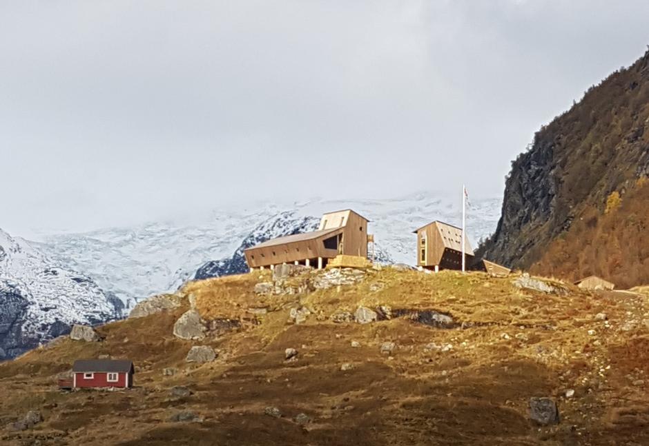 Høststemning på Tungestølen i Jostedalen.
