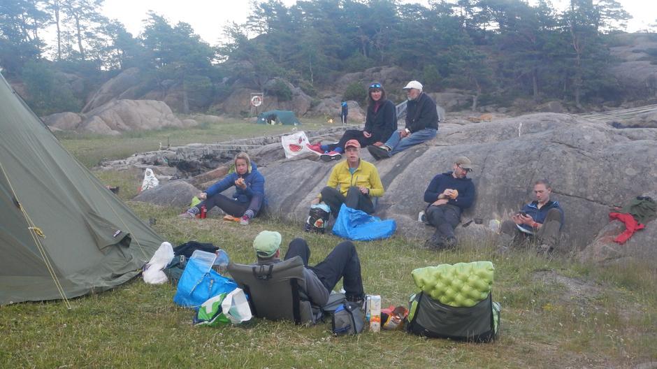 Grilling og avslappet stemning på Risøya.