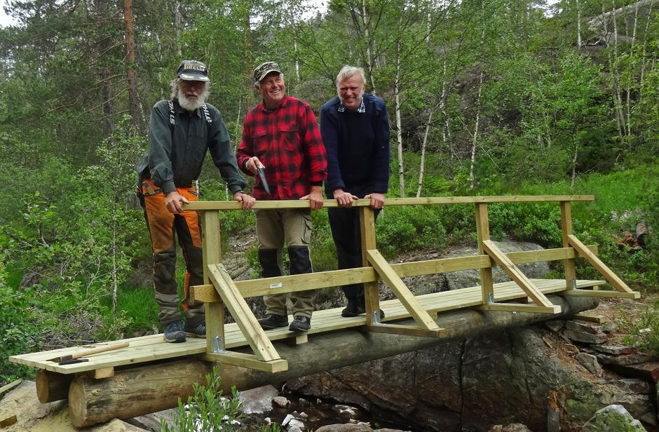 Brubyggarane Knut Hagelia, Olav Brokeland og Olav Smestad.