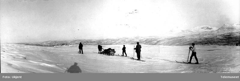 Ned mot Russånes, 9. mars 1911