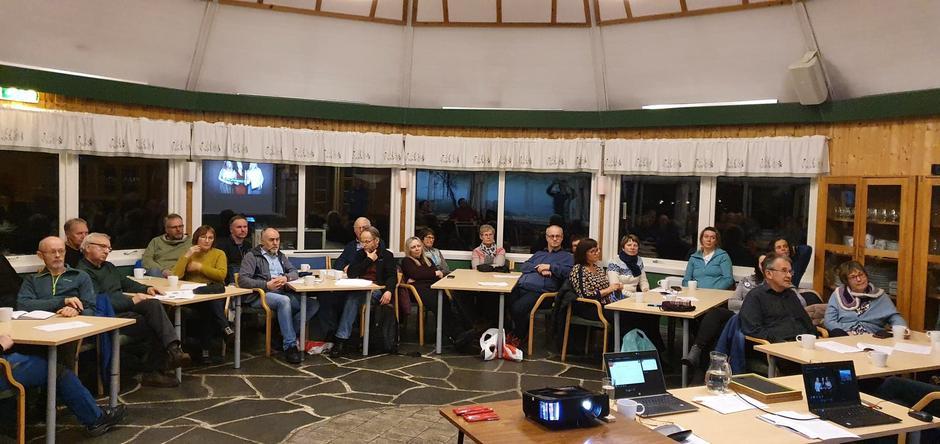 Noen av de fremmøtte på årsmøtet i Harstad Turlag