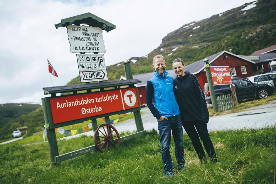 Bestyrere Olav og Astrid ønsker velkommen.
