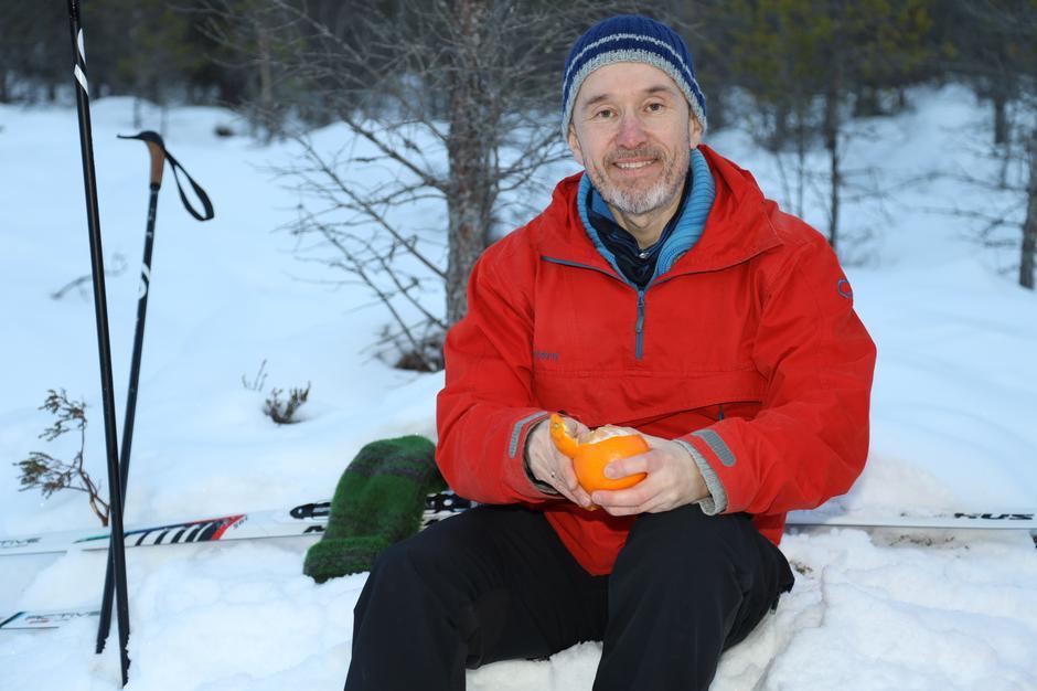 Roar Halten på skitur på Prestmyra