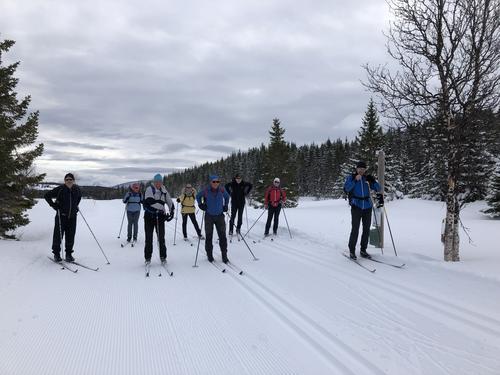 Ved Svartåsen, Kvæfjordeidet