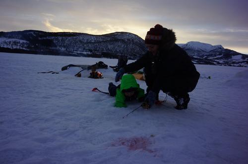 Første isfisketur for Barnas Turlag Harstad