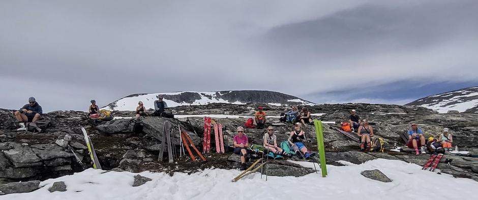 En siste pause før vi tat fatt på fjellet