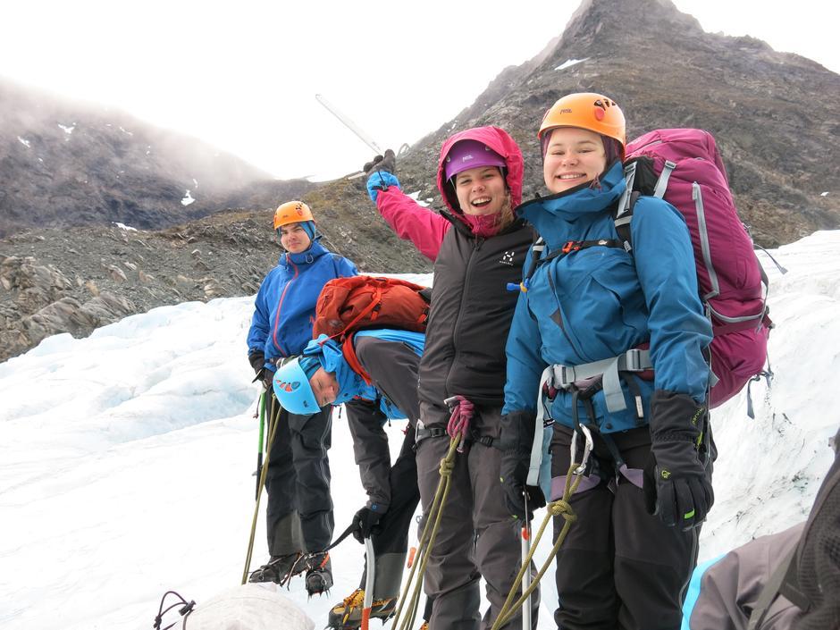 DNT ung Troms på Steindalsbreen, september 2015.