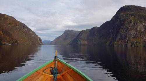Robåt over Veafjorden