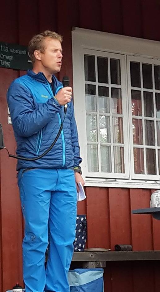 Henning Wikborg fra DNT Oslo taler