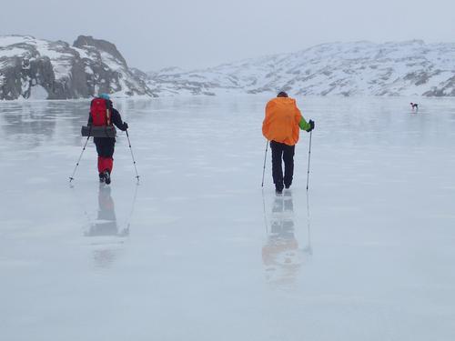 Is målt på alle vatn inn til Sandvatn 900 moh Husk!den blir dårligere uke 50