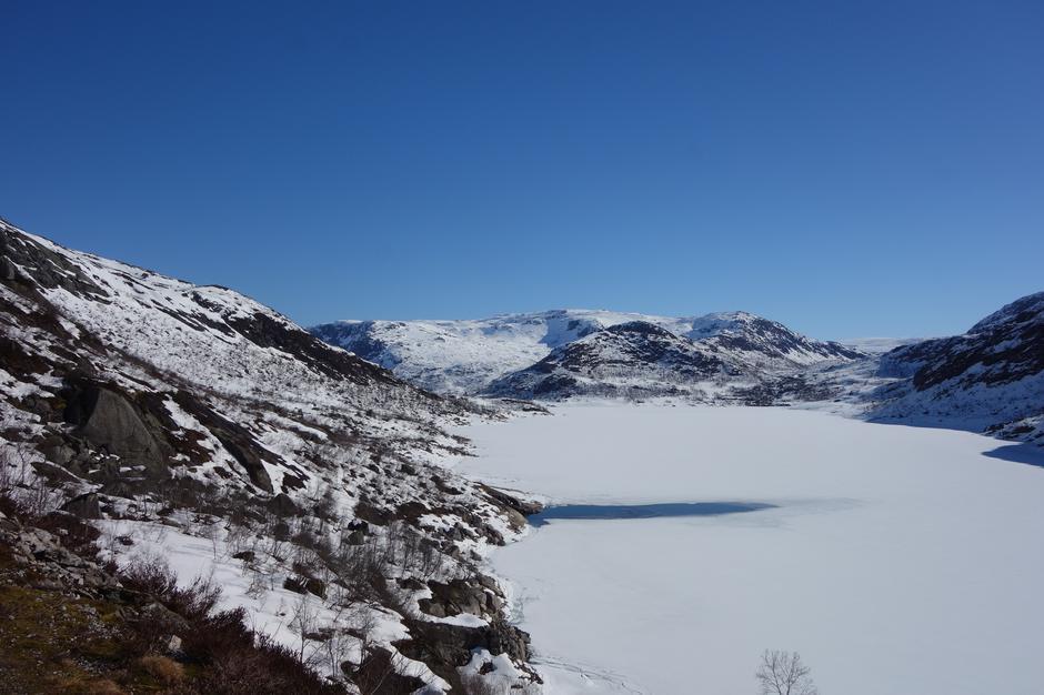 Tirsdag 9.4: Stølsvatnet i Stølsheimen. Ruter inn til Solrenninngen, Norddalshytten og Åsedalen.