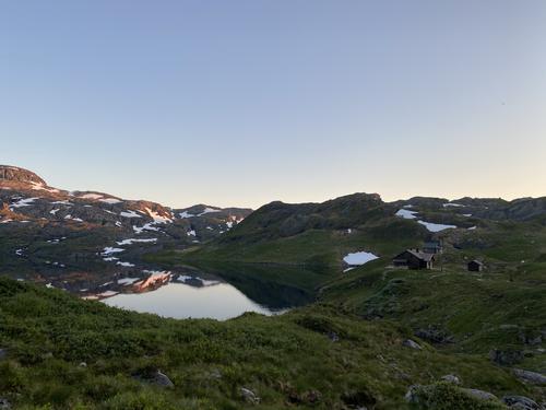 Nydelig solnedgang ved ankomst Sandvass hytten, i Etnefjellene i sommer.