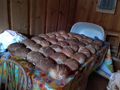 Ferske brød fra bakeovnen i Thorleifsbu