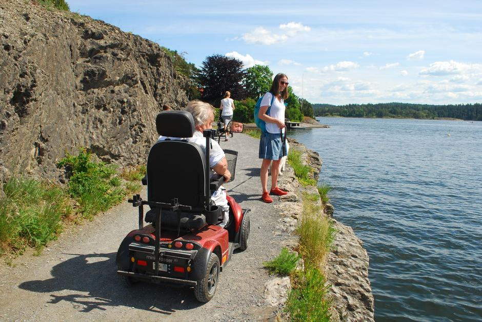 Dette er syv fine turer å velge blant. Her på Høvikodden er det ikke stoppkant mot sjøen, så vær påpasselig.