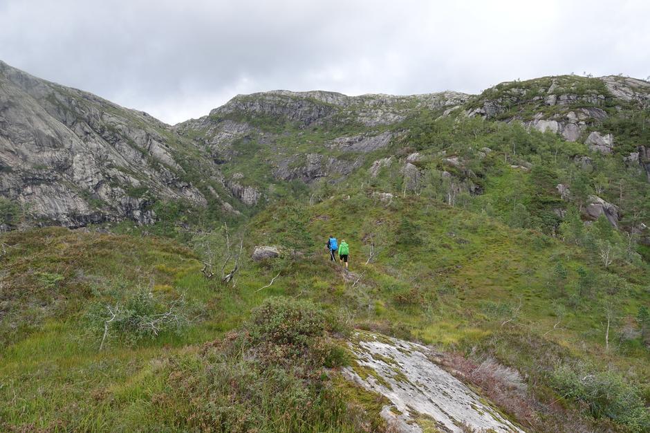 På vei opp Storfjellet fra Mo, på vei til Skavlabu