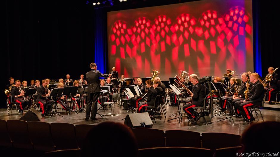 DNT 150 år - Jubileumskonsert med Stabsmusikken