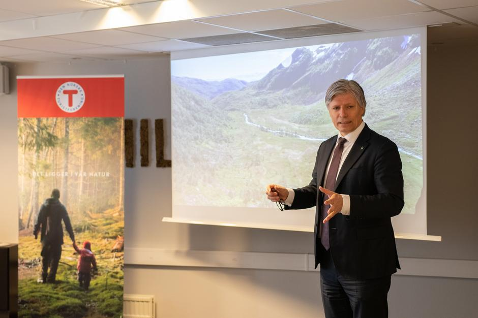 Klima- og miljøminister Ola Elvestuen deltok på feiringen.
