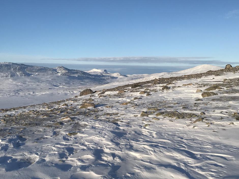 Lite snø ved Søndre Bjellåvatn for tiden
