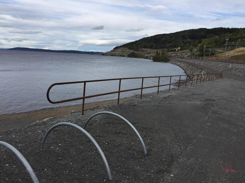 Ny sykkelvei og fine perler langs Mjøsa