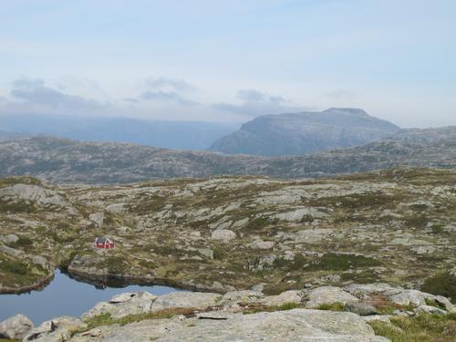 Masfjordfjell med Ådneburen i bakgrunnen