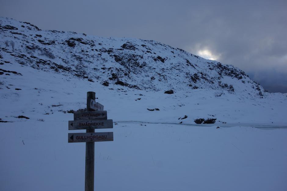 Søndag 9.12: På ski fra Kvitingen til Gullhorgabu i Bergsdalen.