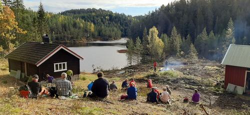 Flott høstvær på dagens rundtur fra Kleivvann i Gjerstad