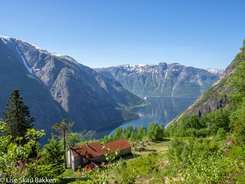 Kjeåsen, med flott utsikt til Eidfjord.