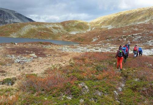 Tur til Steindalsnosi og Slettedalsvatnet