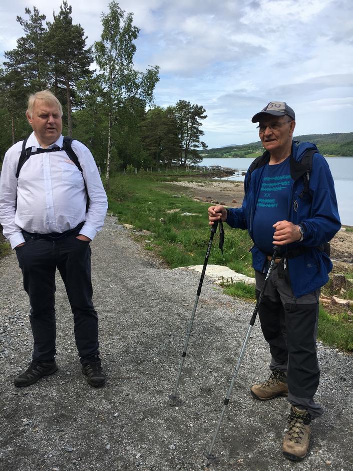 Bussjåfør Bjarte og turleder Ove Kaldhol