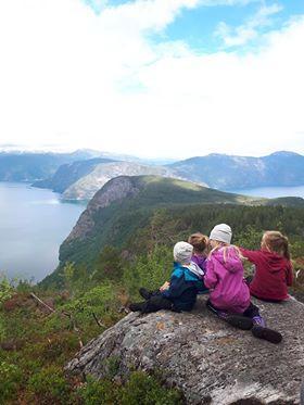 Slik gjekk turen : Barnas turlag Middagshaugen