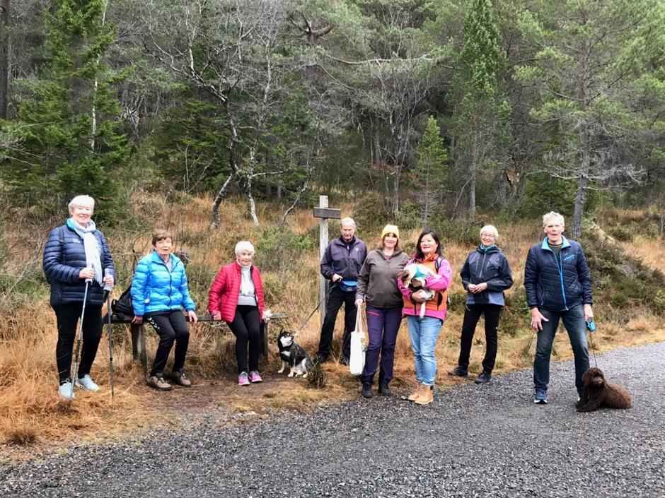 Aktiv i 100 i Molde ut på ukentlig tur med start og mål ved Krona på Romsdalsmuseet.