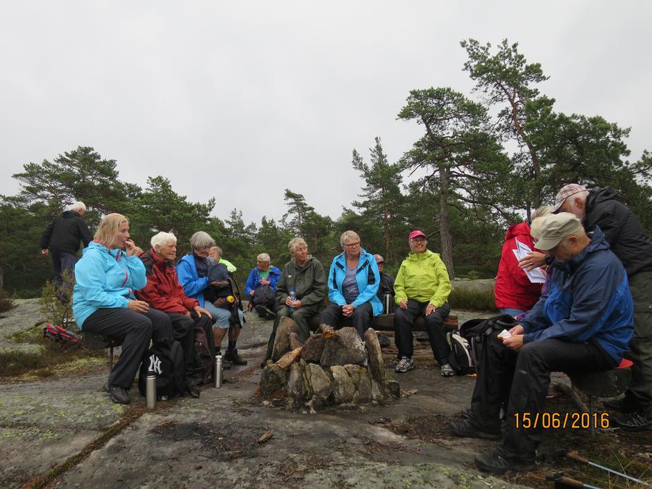 Seniorgruppas avslutningstur i rolvsøymarka.