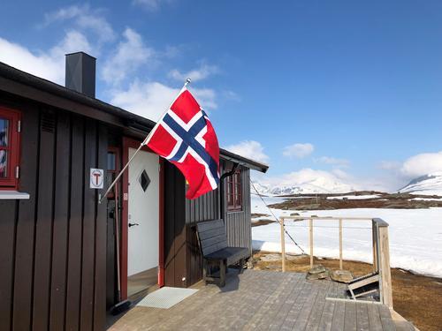 Vi søker branntilsyn til Troms Turlags hytter