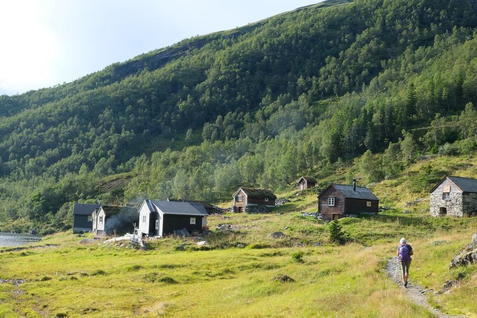 Botsvatn. Ein idyll inst i Krossdalen. Turen enda her.