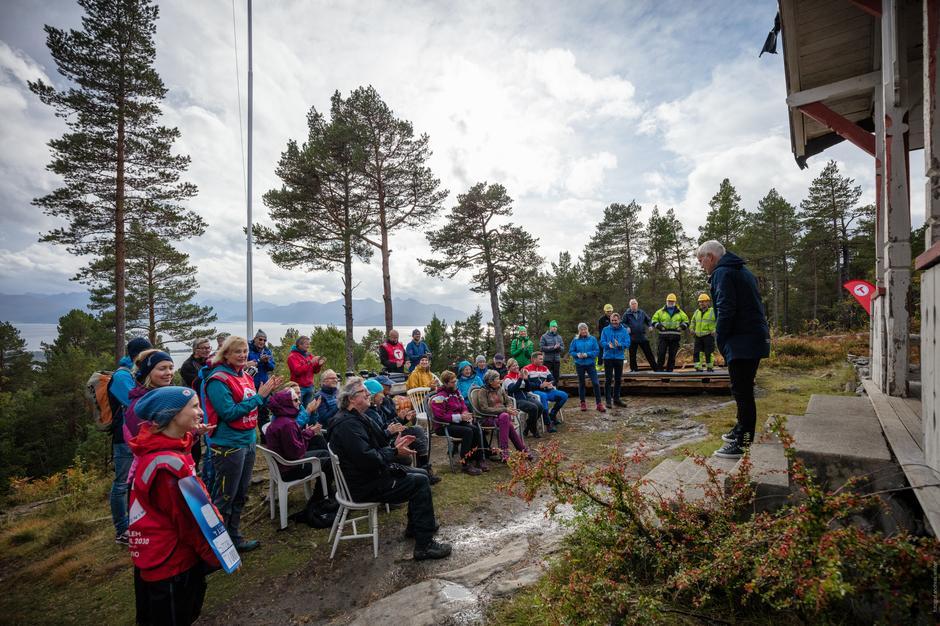 Prosjektleder Ivar Sæther informerer.