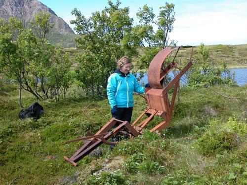 På Sunderøya kan man finne både faste og løse kulturminner av mange slag. Her et minne om tidligere tiders produksjon av isblokker.