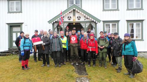 Veteranan i Innherred Turlag på tur i Åsen