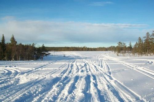Snøscooterkjøring på svensk side
