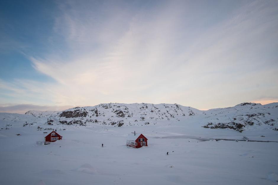 Stavanger Turistforening har mange vinterferiehytter å velge mellom. Hva med en tur til Sandvatn turisthytte?
