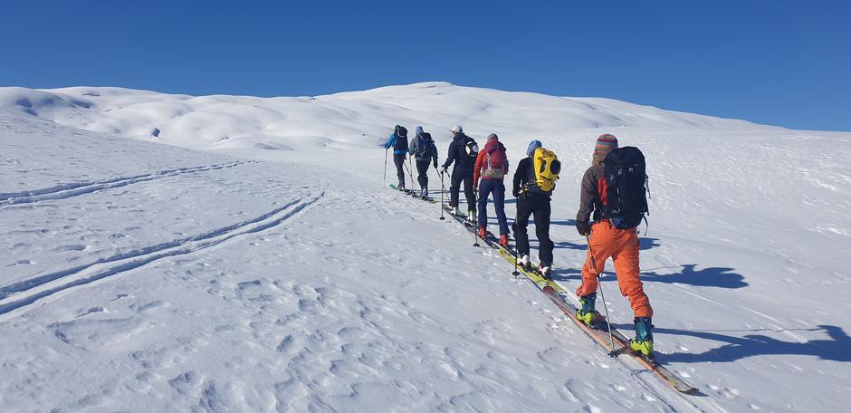 Sol, ski og på veg mot toppen