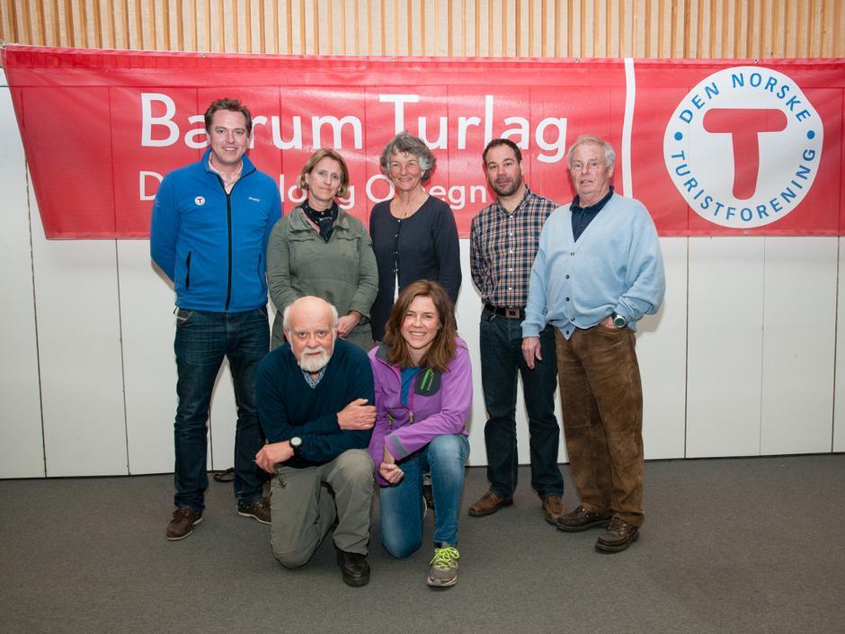 Styret 2014: Bak fra venstre: Johan Fegri, Trine Hansson, Liv Frøysaa Moe, Christian Fuchs, Tor-Herman Næss (nestleder). Foran fra venstre Einar Skage Andersen (leder), Gunnhild Holmen.