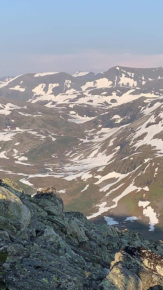 25.06.2020: Utsikt fra Skrokkenfjellet retning Vasstindbu.