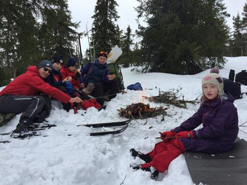 Barnas Turlag: Skitur til Eriksbu i vinterferien