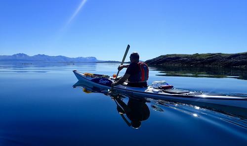 Sommerferiestart og kajakken er pakket for en 3 dagers tur rundt på Vegaøyan