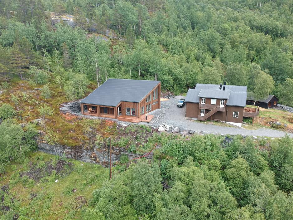 Begge hyttene på Kaldhusseter